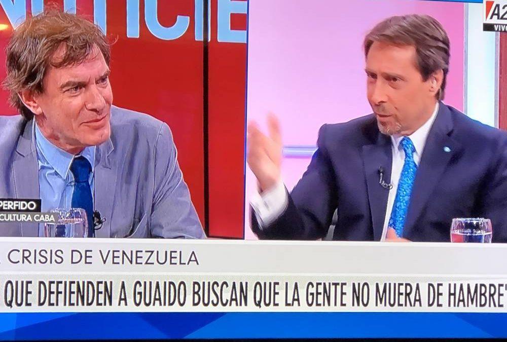 TUTELADO POR EL PEQUEÑO HOMBRE MÁS PINTORESCO DE LA TV ARGENTINA, EL EX DE ESMERALDA MITRE SE PRESENTA COMO ALTERNATIVA DE UN ESPACIO POLÍTICO YA OCUPADO
