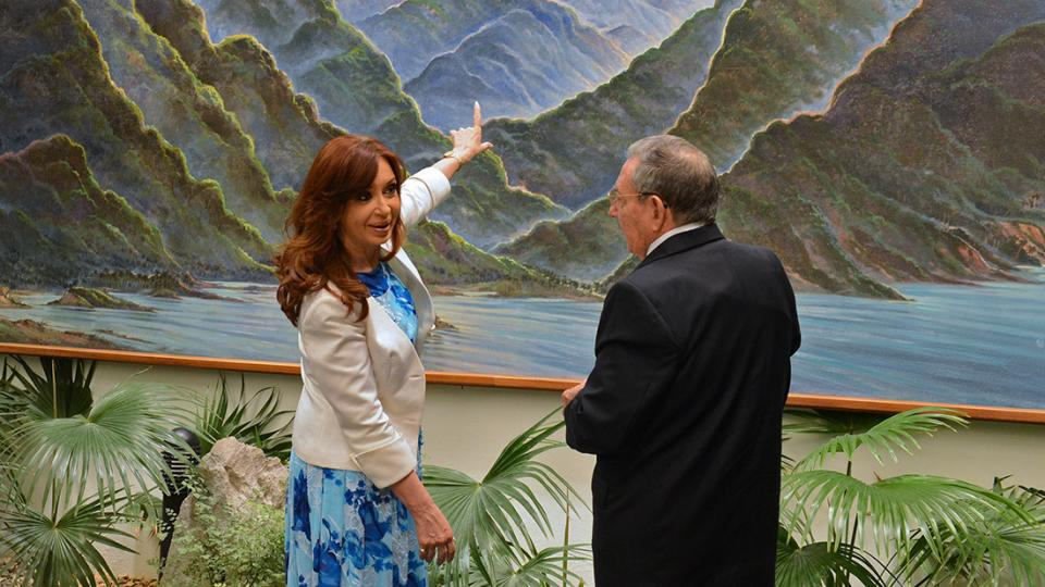 'SIN CFK, GANA EL TERCERO QUE IMPONGA EL SISTEMA'