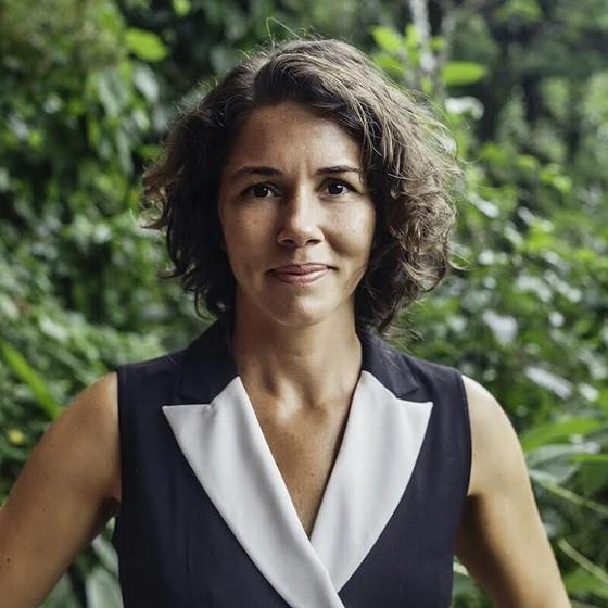 ELIZA CAPAI, CINEASTA: 'UNO DE LOS PROBLEMAS QUE TENEMOS EN BRASIL ES LA TENDENCIA A SIMPLIFICAR LA HISTORIA AL MÁXIMO'