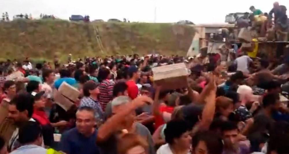 EL SAQUEO AL CAMIÓN DE GALLETITAS EN MERCEDES DEBERÍA PREOCUPAR SERIAMENTE AL GOBIERNO PORQUE ES DOSMILYUNESCO